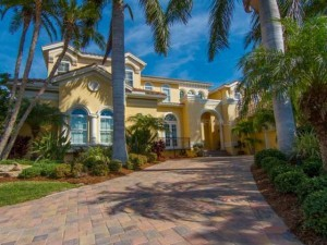 Water Front Luxury Home Florida
